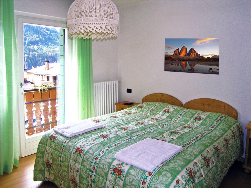 Hotel meubl giustina tre cime dolomiti for Meuble bar stube giustina